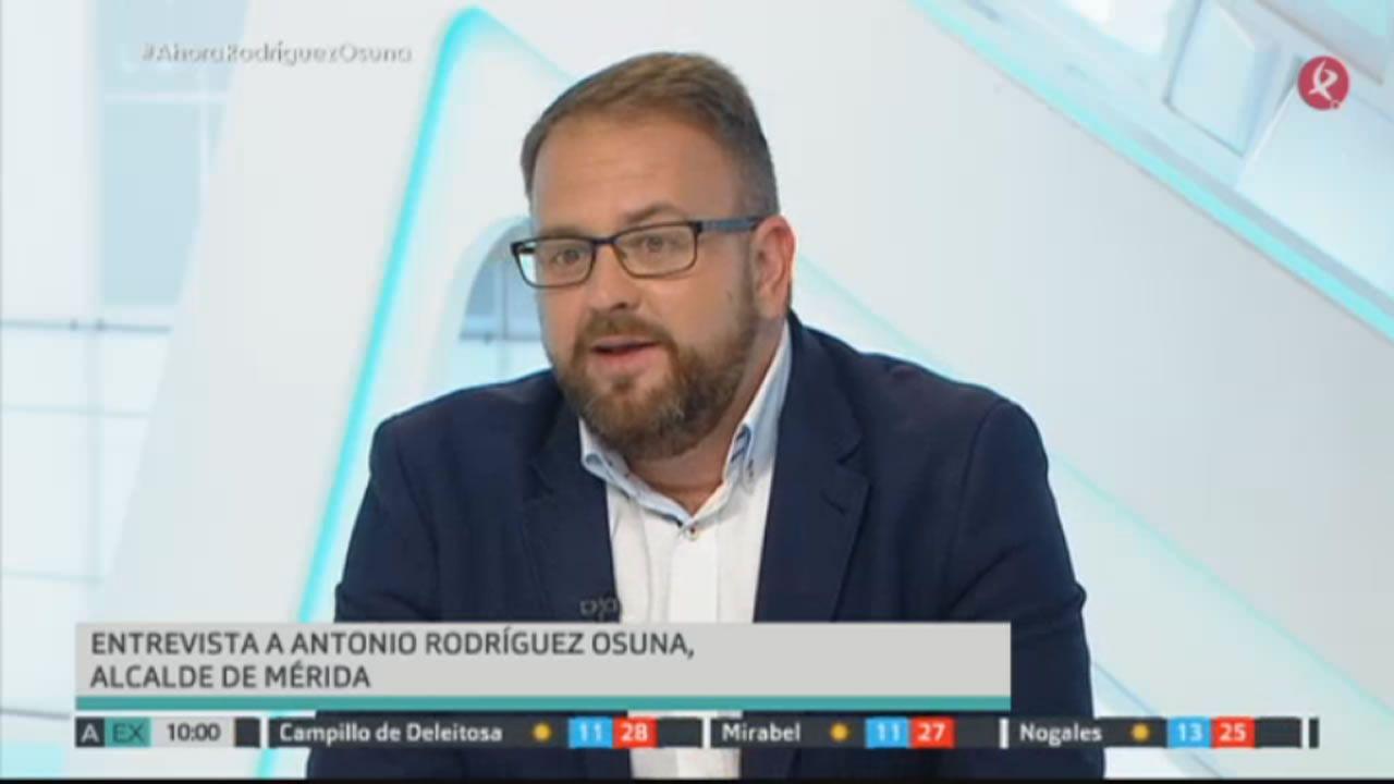 El alcalde de Mérida: «El Coruxo no le mete un gol al arco iris».