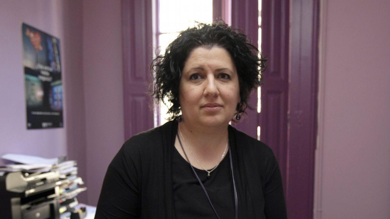 Una ganadora del gordo en O Porriño: «Cuando escuché el número me puse a gritar».Administración de la Puerta del Sol de Vigo, que vendió un décimo del gordo