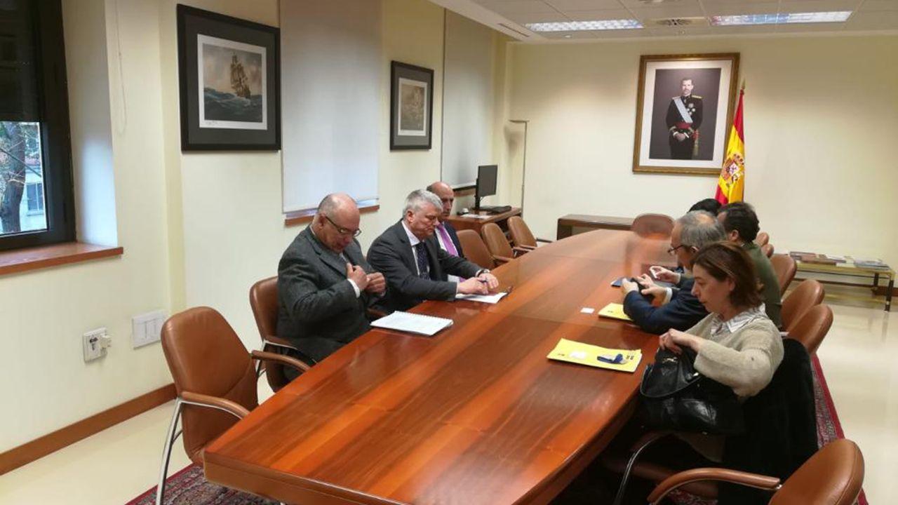 Reunión de trabajo entre Defensa y el Ayuntamiento de Oviedo para tasar los terrenos de La Vega