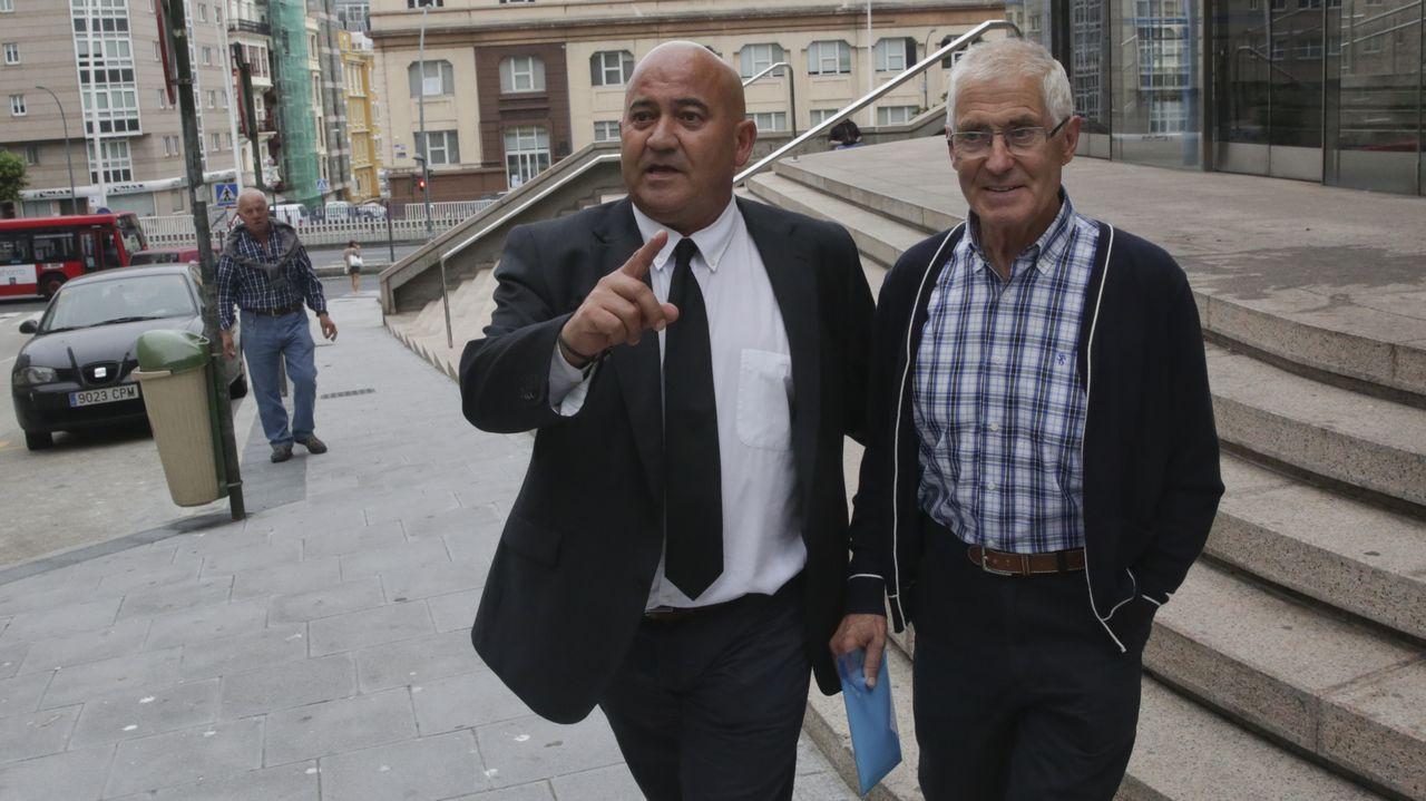 Los magistrados José Ricardo de Prada y Angela Murillo . El expresidente de la Generalitat valenciana Francisco Camps, a su llegada para comparecer como testigo en el juicio de Gürtel