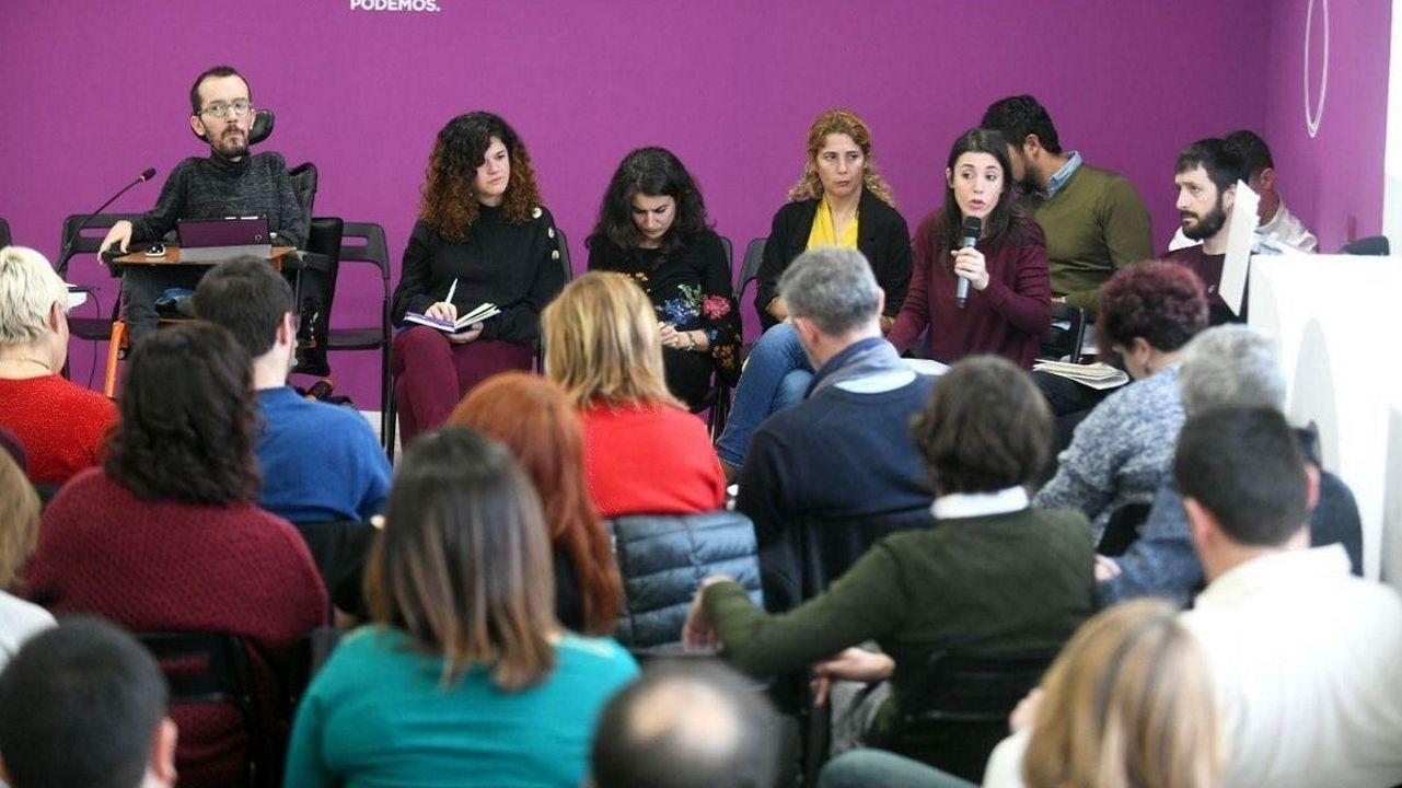 Errejón deja su escaño en el Congreso de los Diputados.El comité de campaña de Podemos se reunió ayer para empezar a preparar las elecciones de mayo