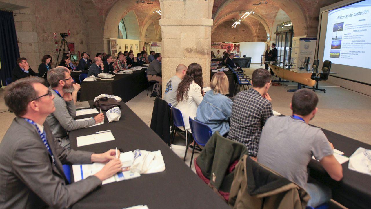 Representantes de Parter, a la derecha, explican sus planes a las comunidades autónomas de Galicia y Asturias