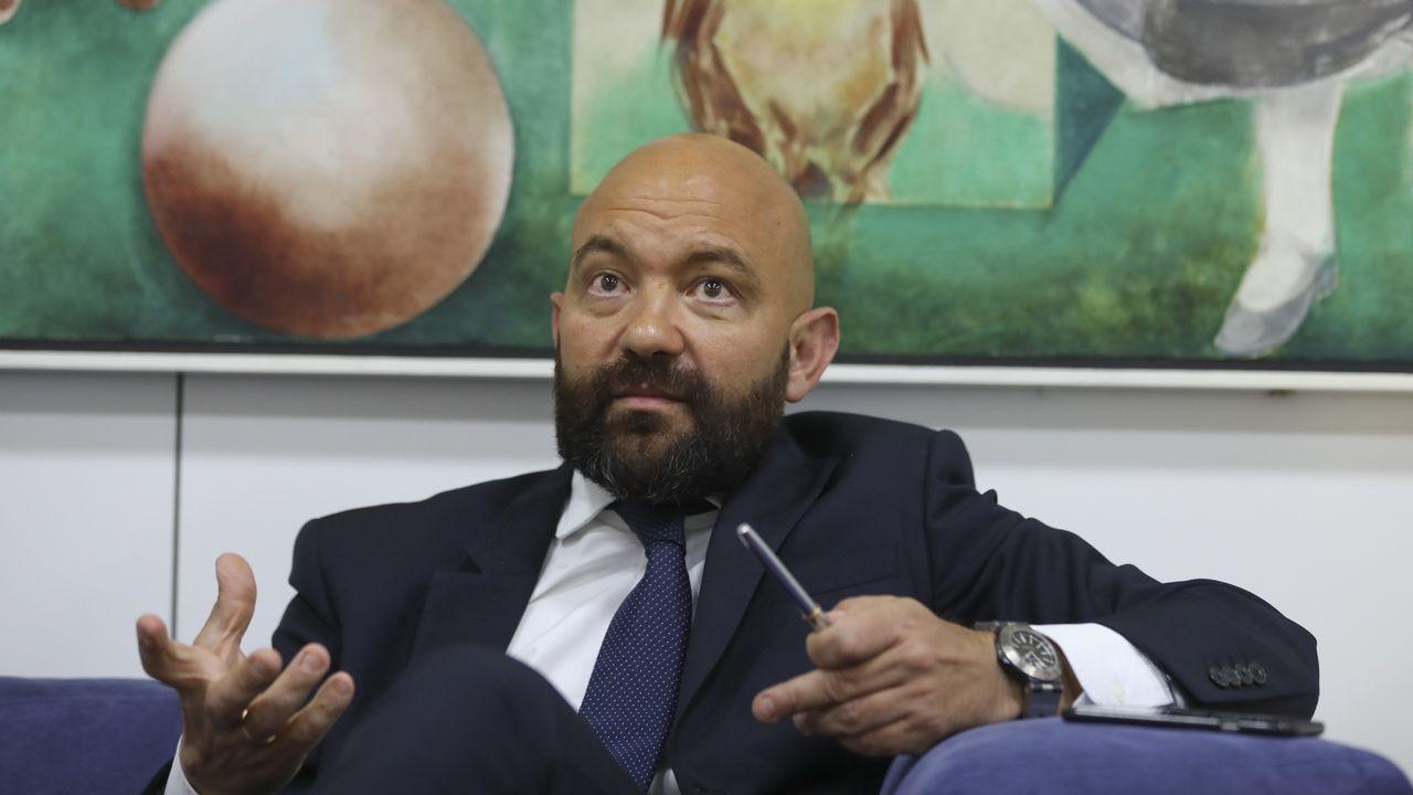 Jaime García-Legaz: «Me hiere, me duele que un millón de gallegos usen el aeropuerto de Oporto».