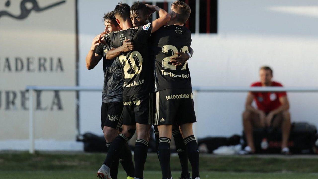 Alfonso Herrero Folch Cotugno Real Oviedo Huesca Carlos Tartiere.Saúl, Tejera, Ibra y Mossa celebran el 1-1