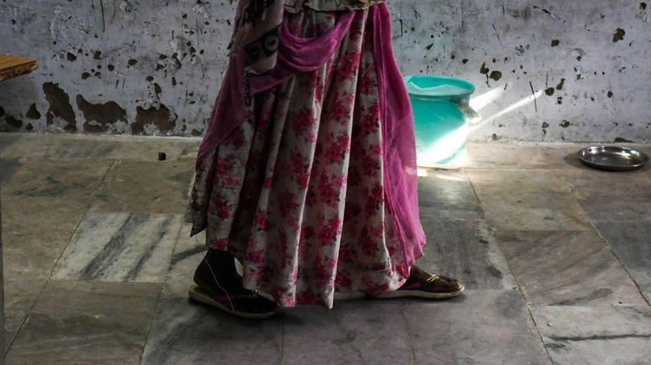 Imagen de archivo de una mujer en la India