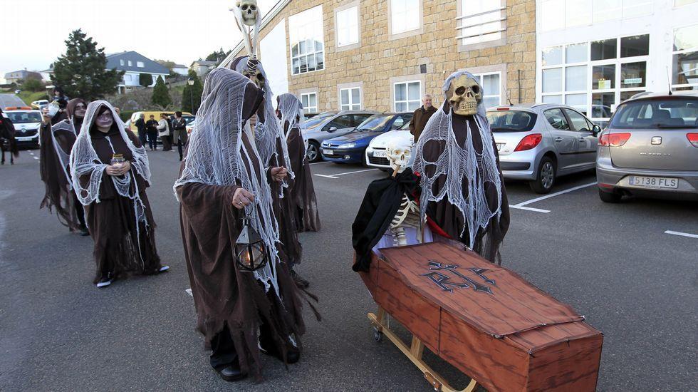 Desfile de carnaval en Cervo