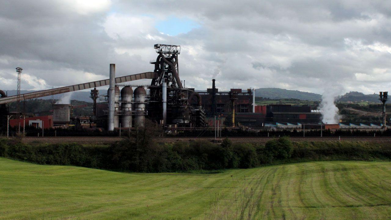 Casado contra la oficialidad.Factoría de Arcelor en Veriña