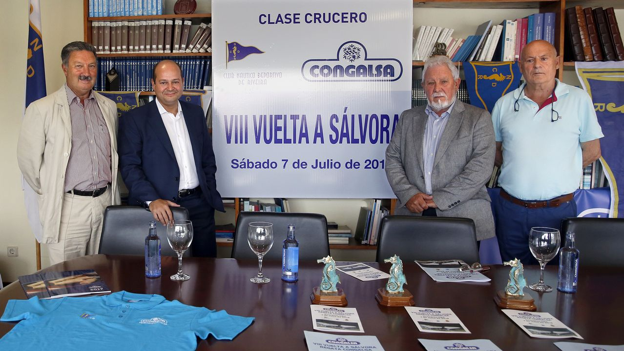 Xuntanza Patexeira.Las regatistas del Real Club Náutico de Vigo Patricia Suárez y Nicole Van der Velden, seleccionadas en el preolímpico para el Mundial de Vela en clase 49er FX.