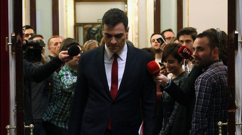 Sánchez fracasa en su segundo intento de ser investido presidente.El acto de Podemos por el Aberri Eguna tuvo muy poco público
