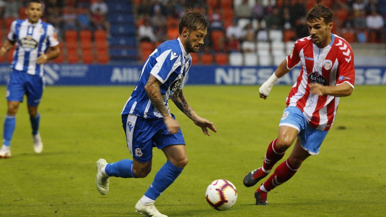 Las mejores imágenes del Deportivo - Real Oviedo.Canteranos del Dépor con blindaje