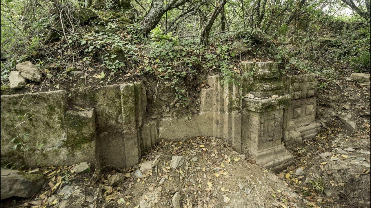 .Otro aspecto de las ruinas de la iglesia de San Antonio