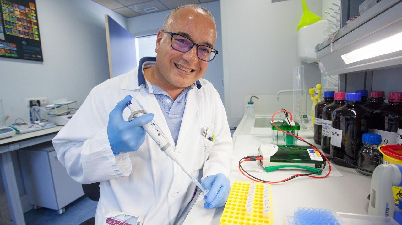 .El doctor Sergio Vazquez, Jefe del Servicio de Oncologia del HULA