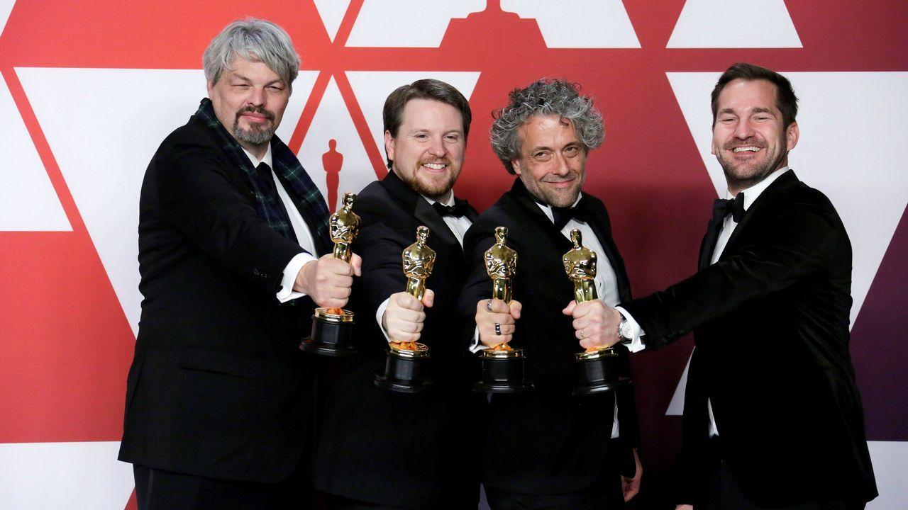 Ian Hunter, J. D. Schwalm, Paul Lambert y Tristan Myles