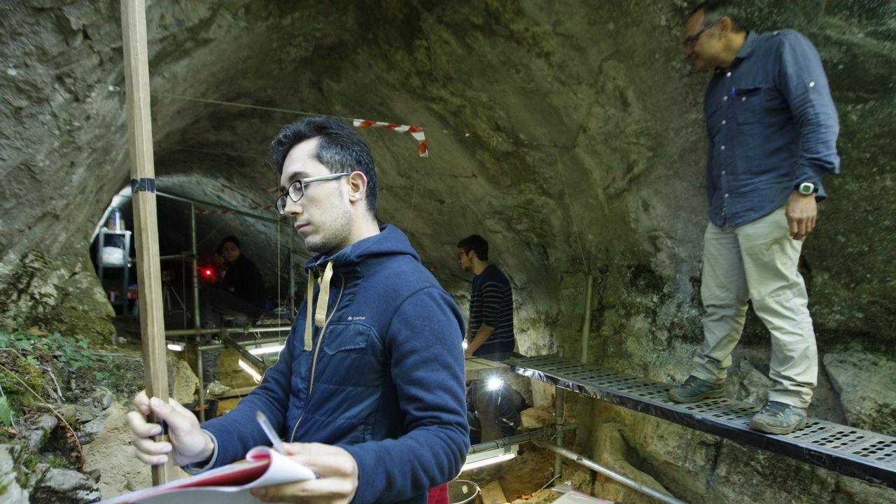 ¿Cuándo vivieron los neandertales de Cova Eirós?.