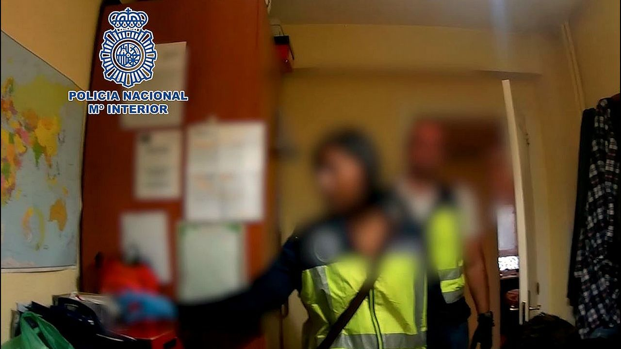 Macrooperación policial en toda España contra la distribución de pornografía infantil