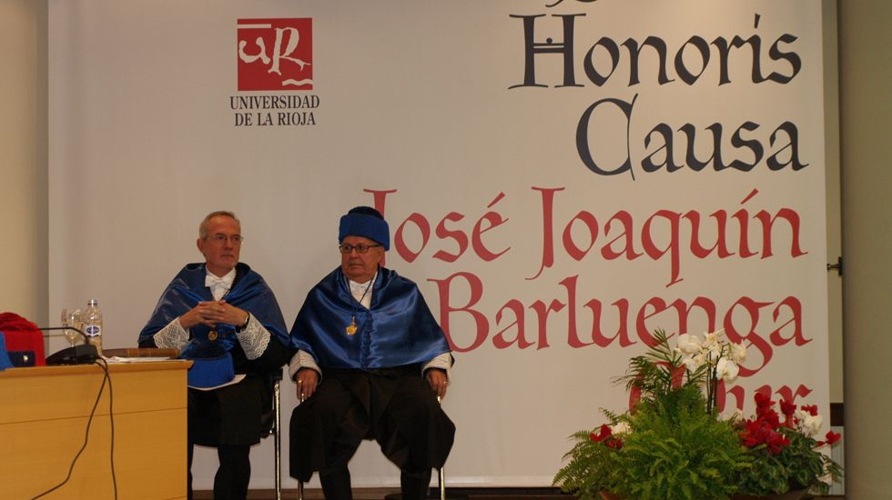 José Barluenga, doctor honoris causa de la Universidad de La Rioja.José Barluenga, doctor honoris causa de la Universidad de La Rioja