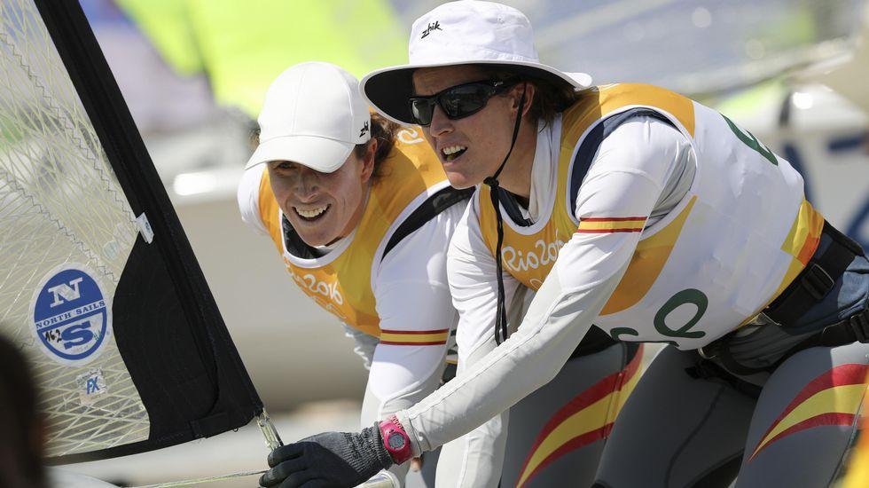 Craviotto y Toro consiguen el oro.Irene Junquera, animando a Toro.