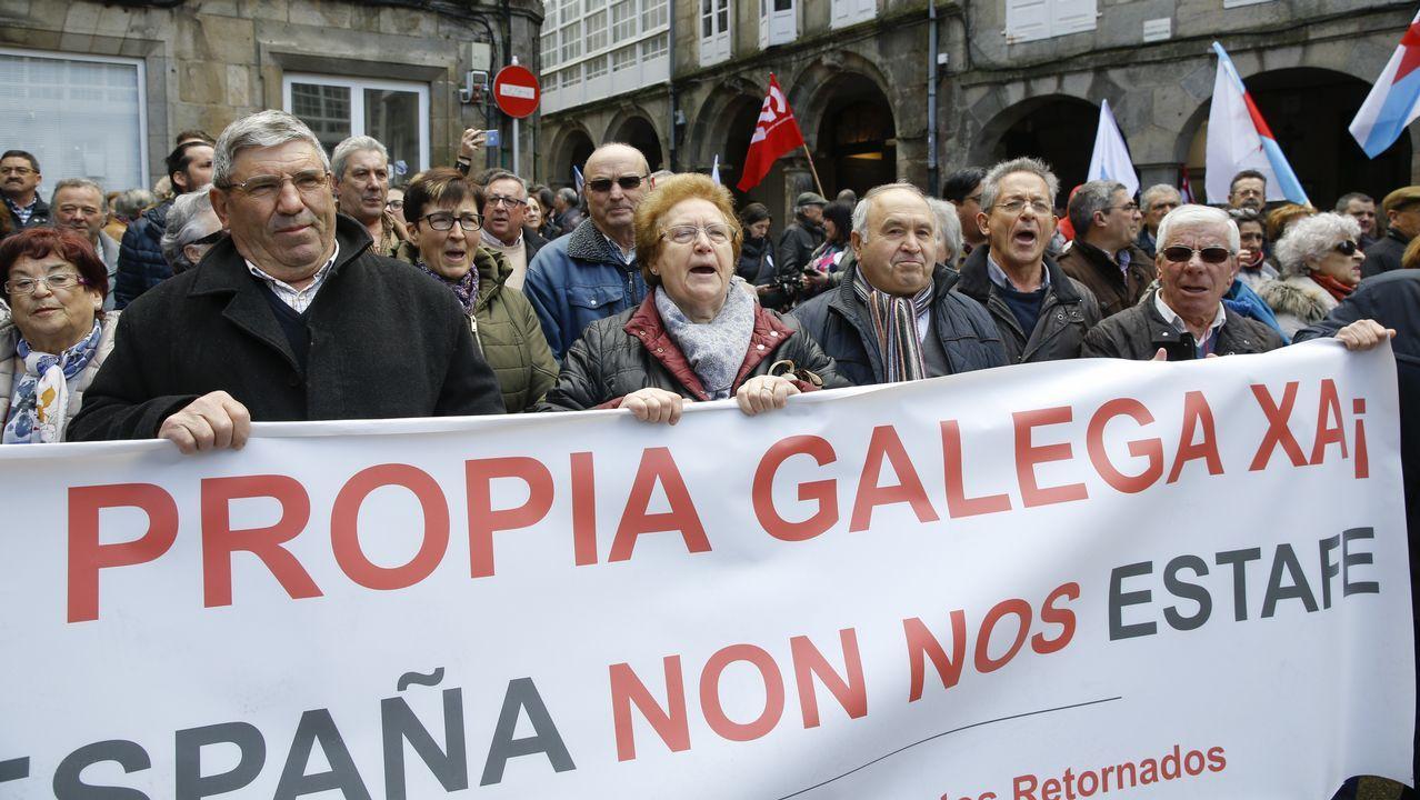 .Santiago. Las manifestaciones convocadas por CC.OO. y UGT por un lado y la CIG por otro, casi confluyeron.