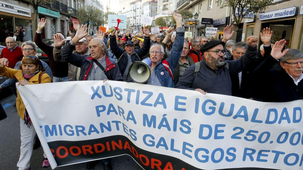 Manifestación de emigrantes retornados