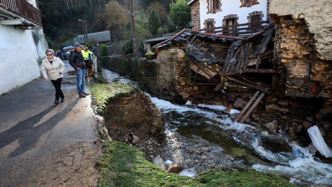Daños por la riada en el barrio de Xunqueira (Viveiro)