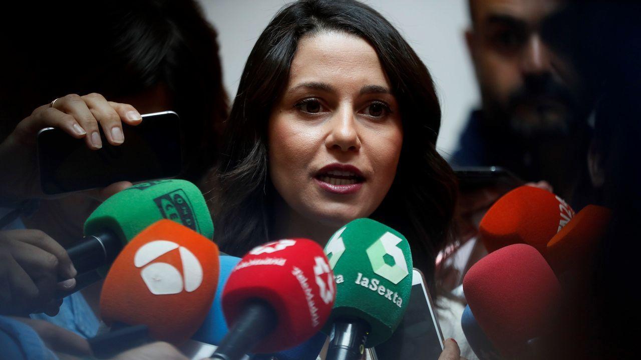 Casado anuncia la conveción nacional del PP para diciembre y Feijoo será el encargado de coordinarla.Luis Venta con Pablo Casado