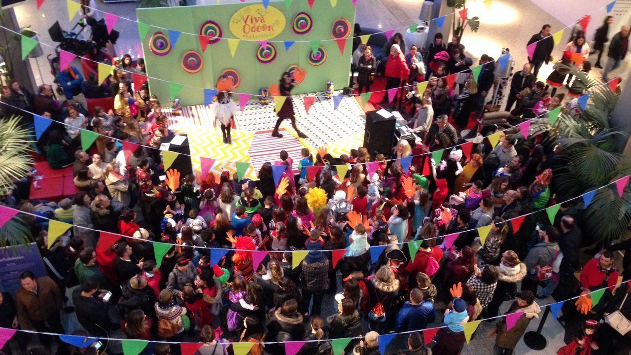 Fiesta de Carnaval en Odeón