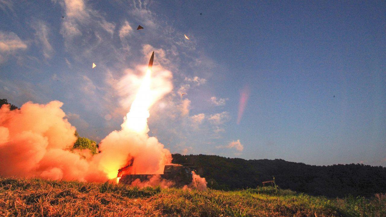 .Pruebas militares en Corea del Sur