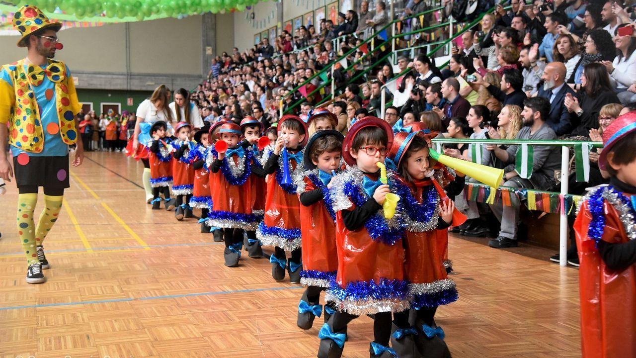 El pabellón del Liceo La Paz se convirtió este carnaval en una gran carpa de circo