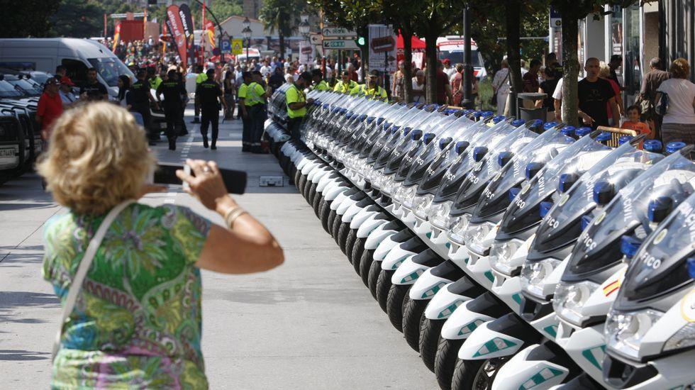 A pocos le pasó desapercibida la milimétrica colocacion de las motos de la Guardia Civil