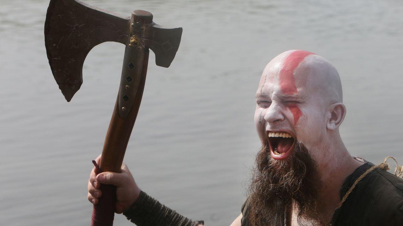 Las imágenes del desembarco vikingo en Catoira.