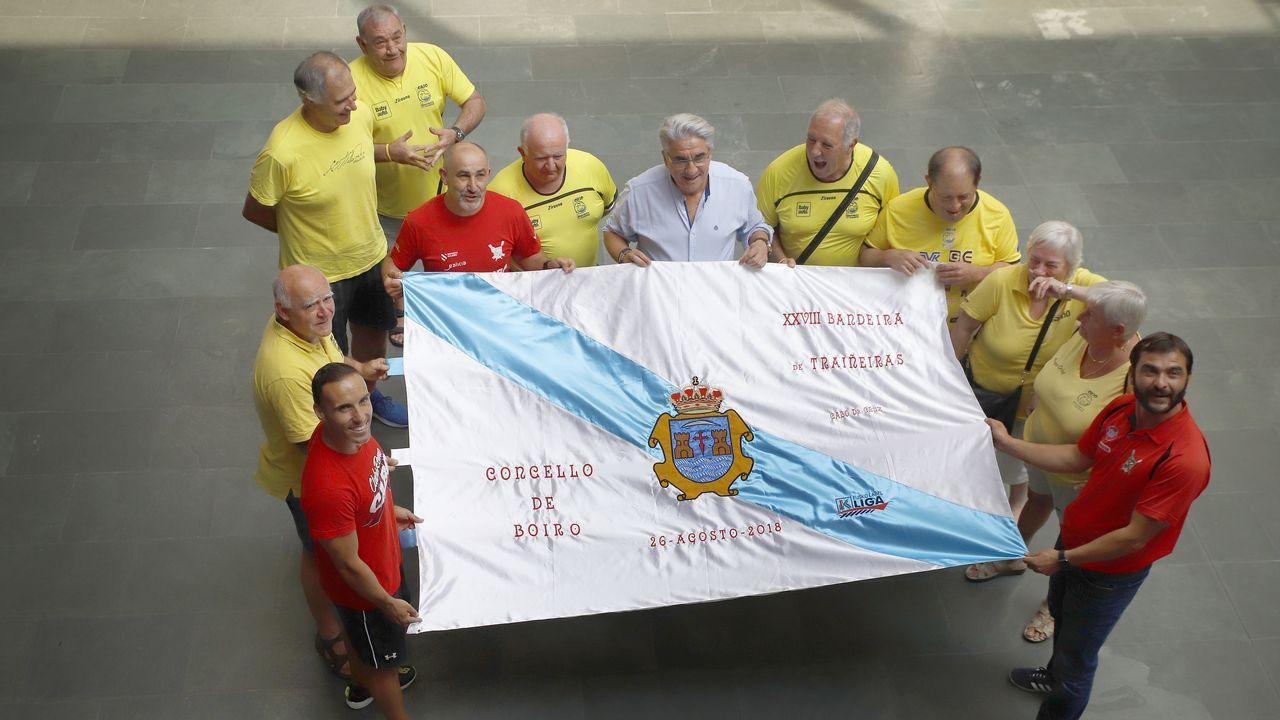 ¡Así se vivió el homenaje a Matito y el partido entre Noia y Negreira!