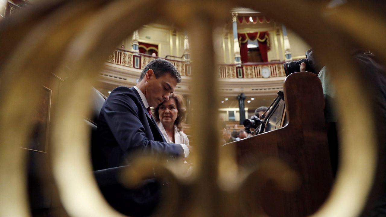 Sánchez, en una carrera por la conciliación, avanza las líneas maestras de los Presupuestos.El presidente del Gobierno participó ayer en la carrera de obstáculos «Yo no renuncio», organizada por el Club de las Malasmadres en Alcobendas
