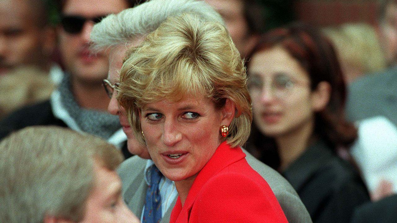 La princesa de Gales, a su salida de un acto en el London Lighthouse.