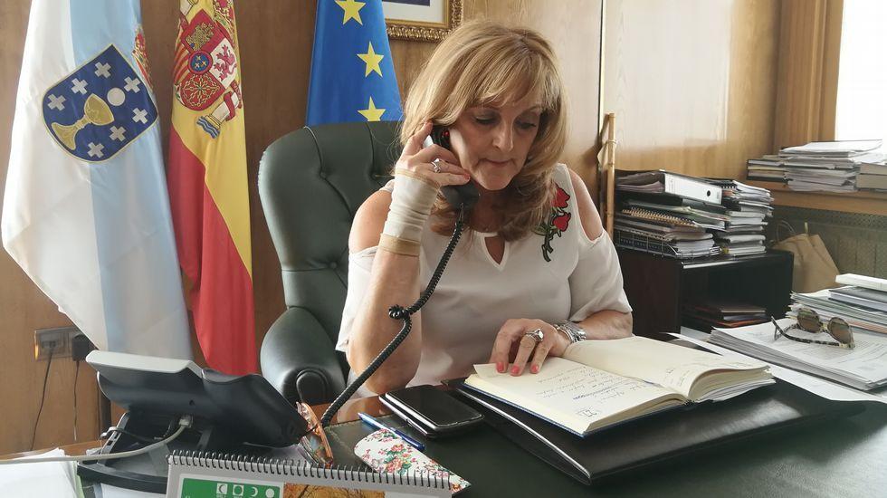Siguen las labores de extinción del incendio de Vilaza.Manuel Cardoso es el alcalde de Vilardevós