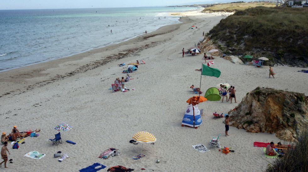 Barreiros. Playa de Acantilado-Remior