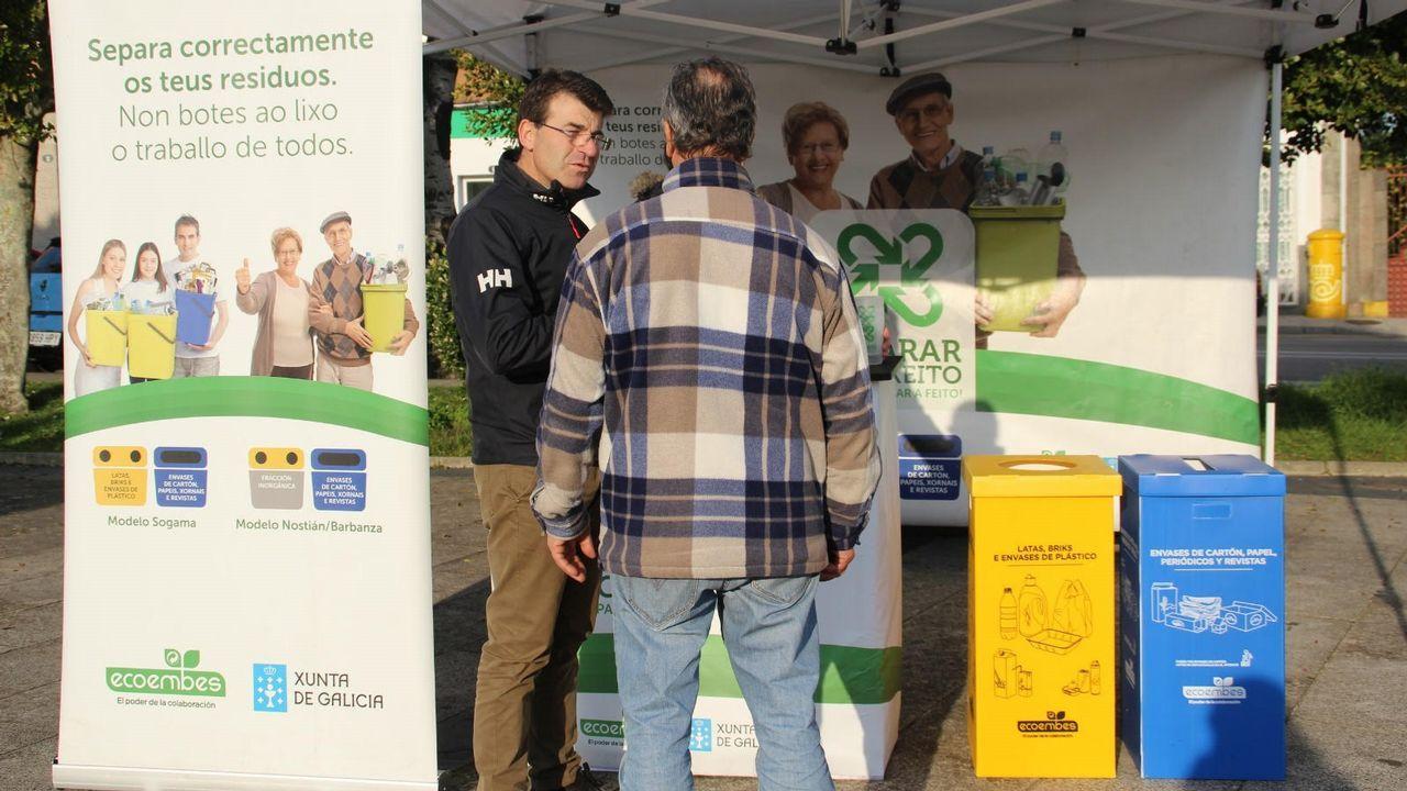 La lucha contra la plaga del pino.Imagen de archivo de un contendor quemado en Vigo