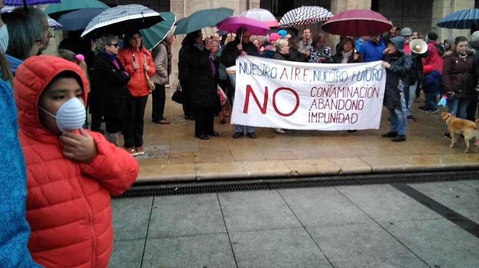 Manifestación en Avilés contra el escape de gas de Arcelor