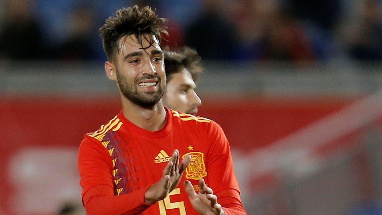 El debut goleador de Brais con España, en imágenes