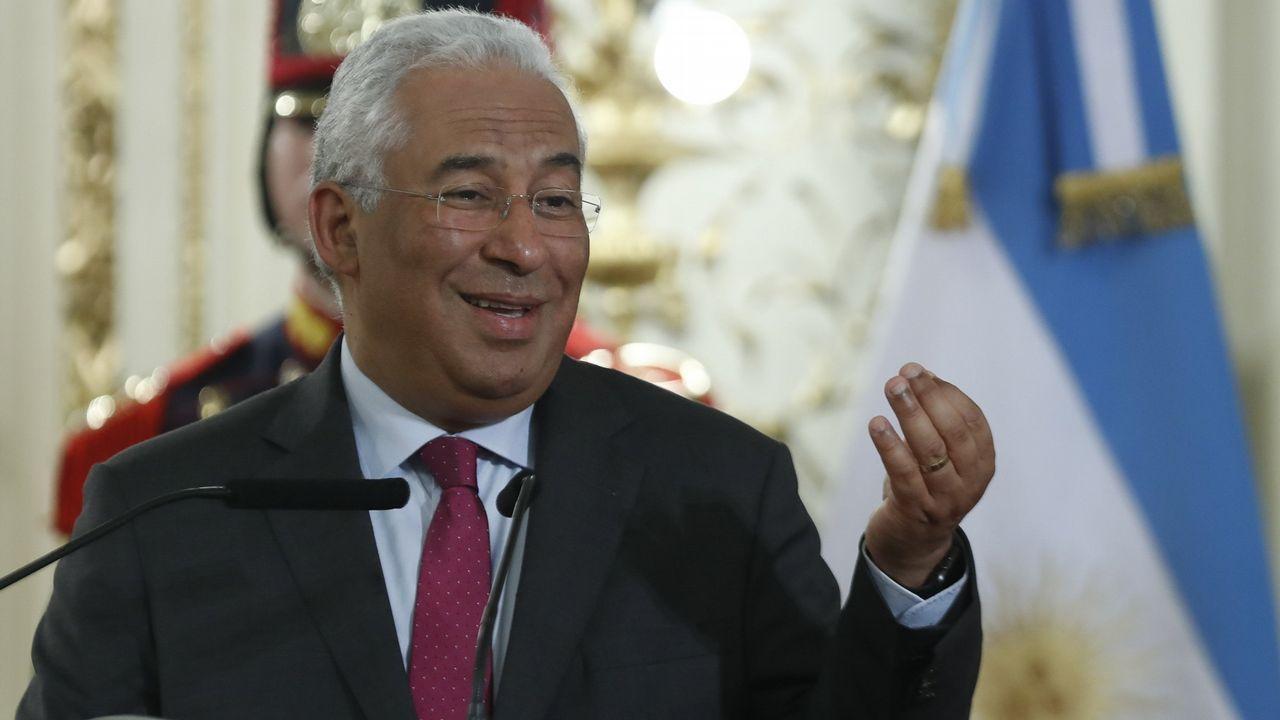 Cuando los grandes se rifaban a Fabian Schär.El primer ministro portugués, António Costa