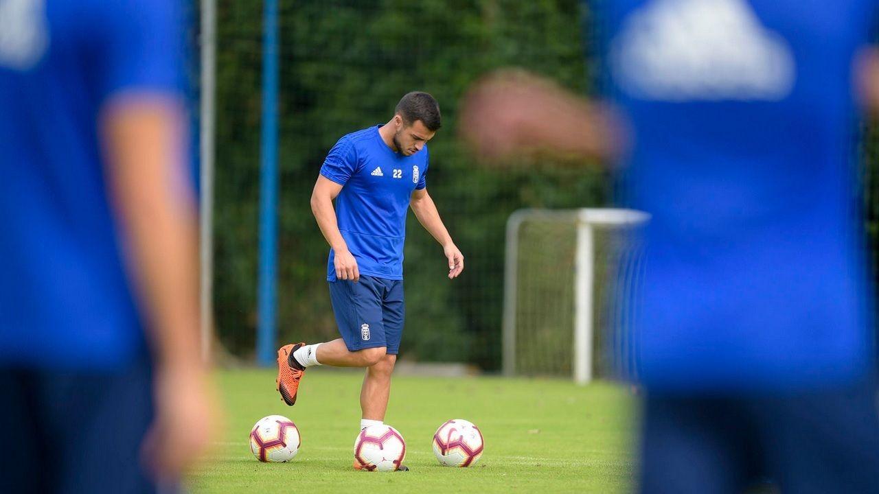 Joselu Requexon Real Oviedo.Joselu, en El Requexon