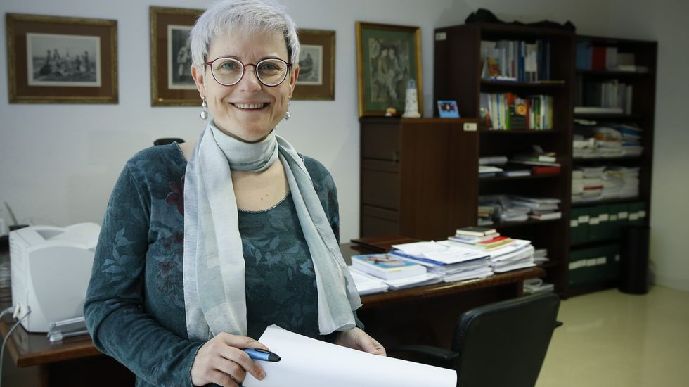 Ganar autonomía en la Arcadia feliz.Carmen Fernandez Morante, decana de Educacion en la USC
