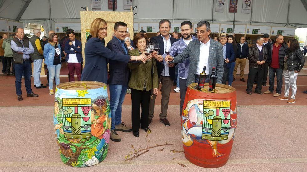 Un momento del acto inaugural, en el que se rindió homenaje al fallecido bodeguero Bernardino Rodríguez