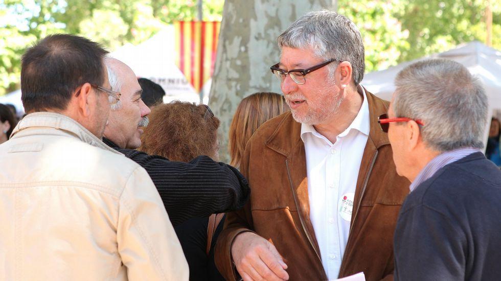 ¿Qué está pasando con Podemos en Galicia?.Albert Rivera, hoy en Santiago con unos peregrinos