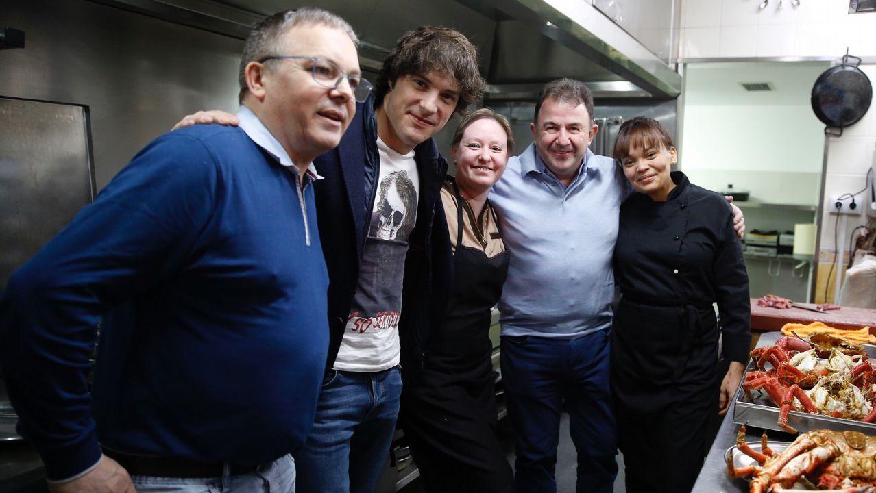 Los cocineros Martín Berasategui y Jordi Cruz, de cena en Negreira