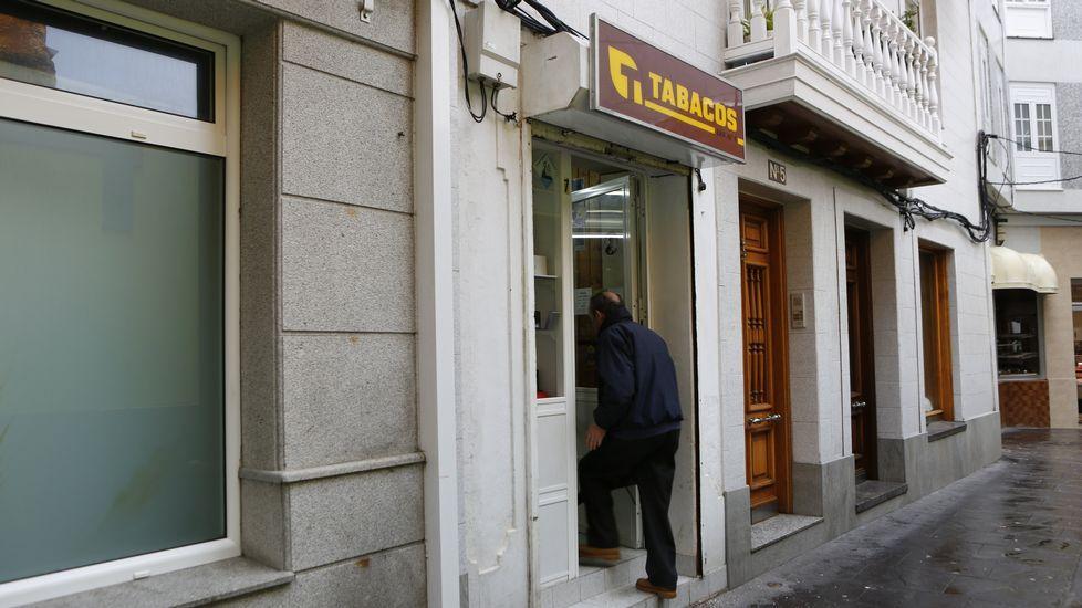 Los negocios de Malpica muestran al Concello su malestar por los robos