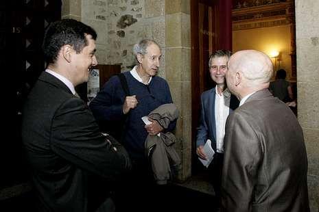 .Rousseau (segundo por la izquierda) en Historia.