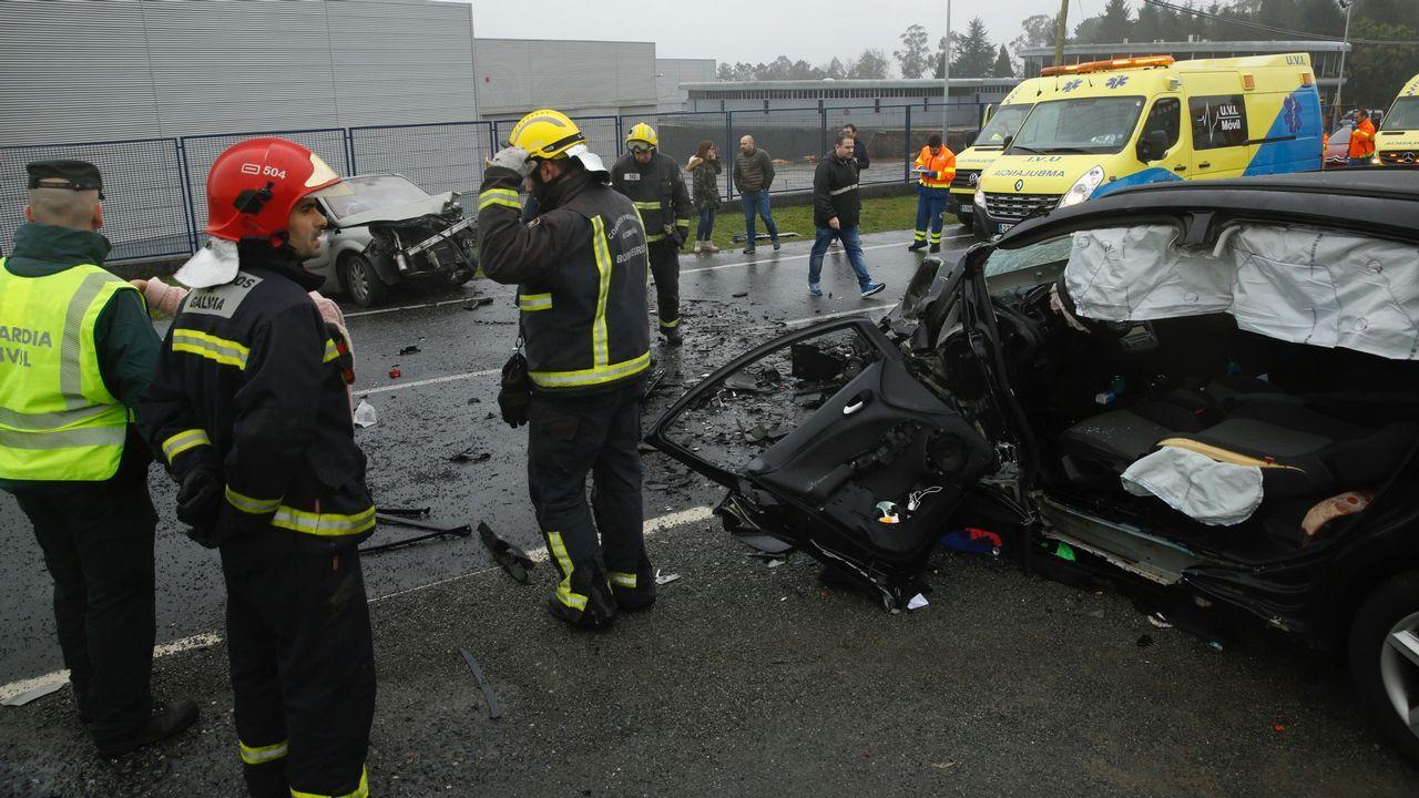 Accidente de tráfico en la N-550 a la altura de Leira, en Ordes