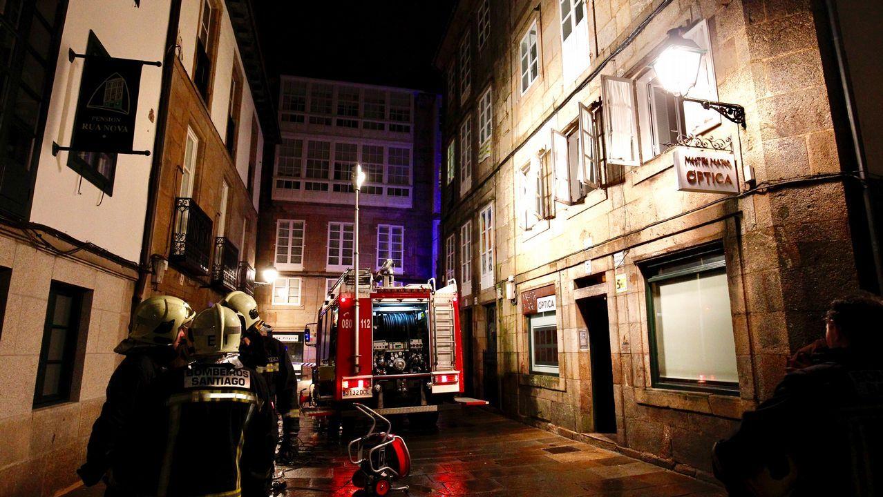 Incendió de una campana en una casa de la Rúa Nova