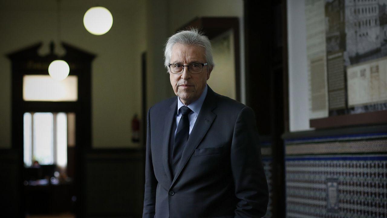 #VivoMuerto, la dura campaña de la DGT.Tras ser detenido, Iván Añón fue trasladado entre grandes medidas de seguridad