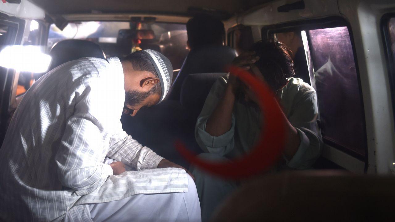 Rescate en el Nanga Parbat tomadas por el equipo de Txikon.Familiares del ejecutado van a buscar su cuerpo